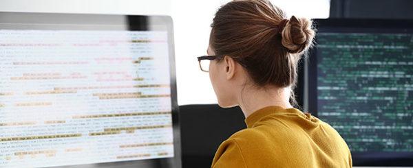 Programmierung. Foto: Adobe Stock / Pixel-Shot